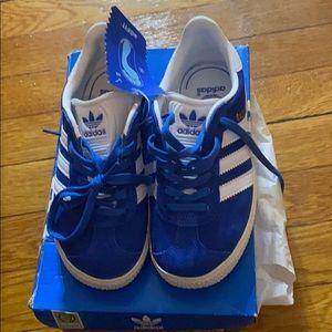 Adidas Gazelle blue suede